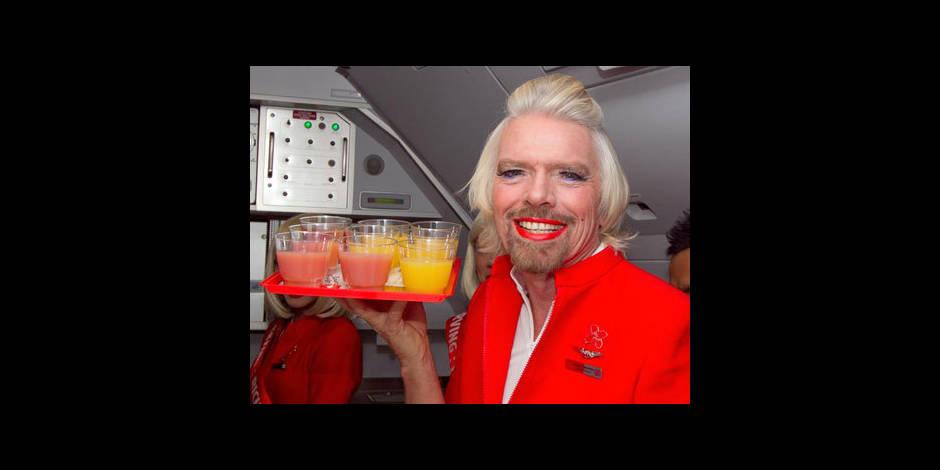 Richard Branson perd un pari et se déguise en hôtesse de l'air