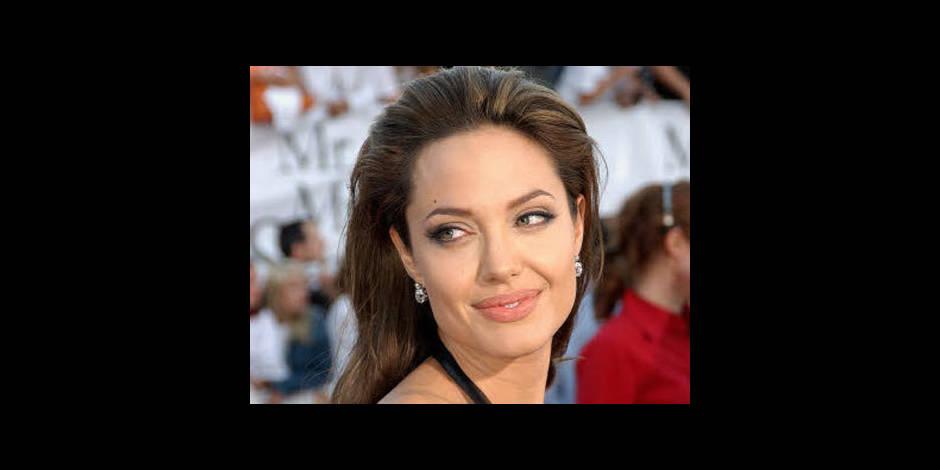 "Angelina Jolie: ""J'ai subi une double mastectomie"""