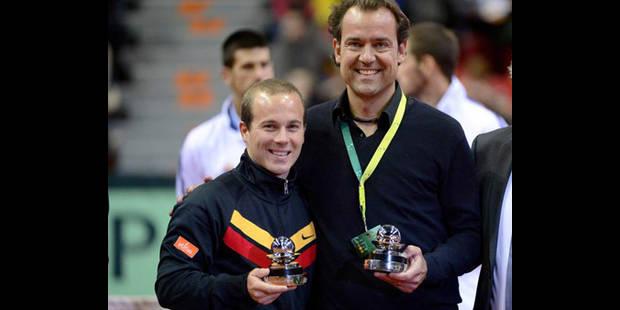 Filip Dewulf et Olivier Rochus reçoivent le Davis Cup Commitment Award - La DH