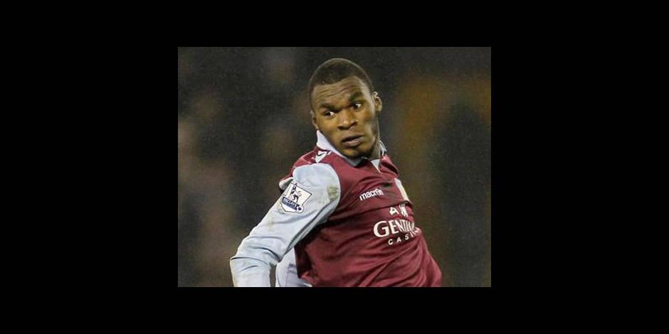 Aston Villa et Benteke éliminés à cause d'une... bataille de neige
