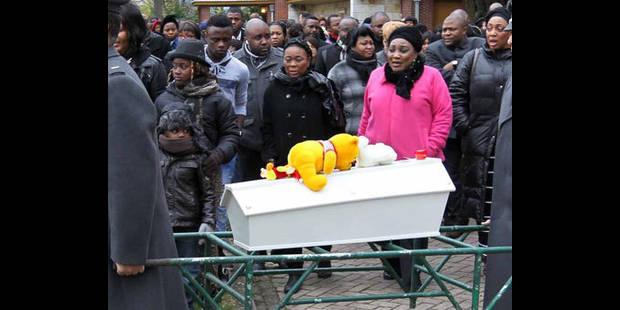 Ambiance  électrique  durant les obsèques - La DH