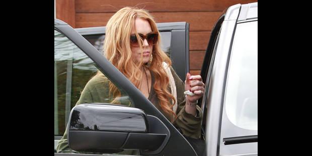 Lindsay Lohan encastre sa Porsche dans un camion