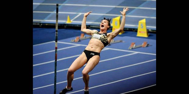 Isinbayeva améliore son record du monde en salle: 5,01 m - La DH