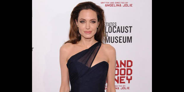 Angelina  critique Madonna !