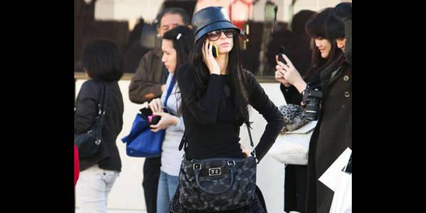 Paris Hilton est devenue brune ! - La DH