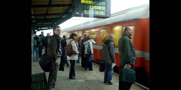 bus tram metro services publics belgique. Black Bedroom Furniture Sets. Home Design Ideas