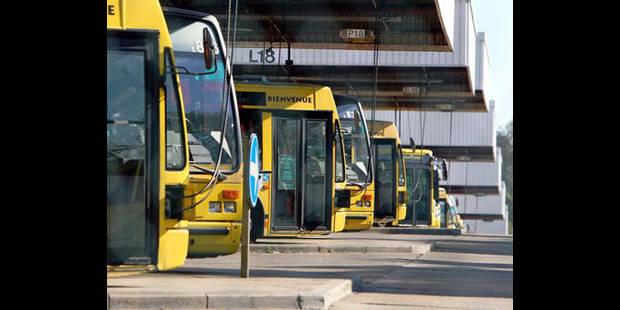 Plainte de 7 travailleurs licenciés d'une société de transport pour fraude grave - La DH