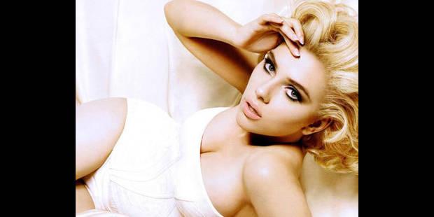 """Scarlett Johansson """"triste d'être célibataire"""""""