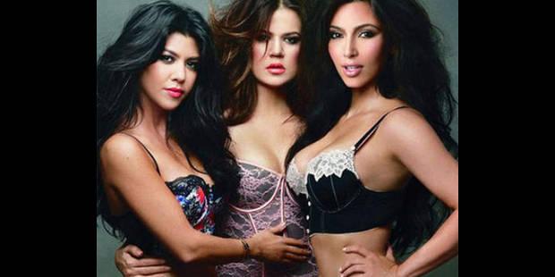 Les trois soeurs Kardashian posent en sous-vêtements