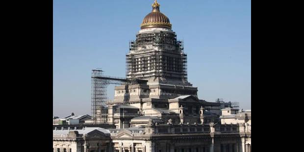 Bruxelles : les �chafaudages du palais de justice ill�gaux