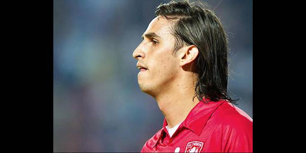 Bryan Ruiz vers Villarreal