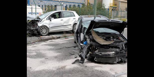 Six blessés dans une collision frontale à Estaimpuis - La DH