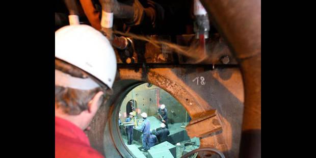 Accident de travail chez ArcelorMittal: un ouvrier tombe dans une excavation - La DH