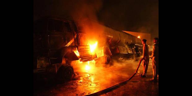 Pakistan: un bus percute un camion citerne, 32 morts - La DH