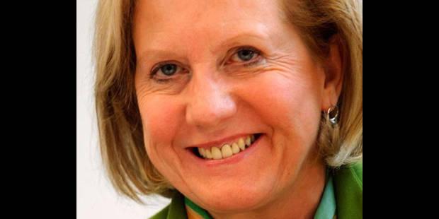 Brigitte Grouwels chahutée par les taximen indépendants - La DH