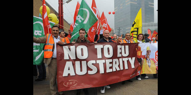 Les syndicats crient au succ�s, Van Rompuy pr�ne la rigueur (Videos)