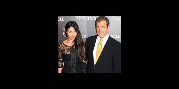 Mel Gibson reconnaît avoir frappé son ex-compagne