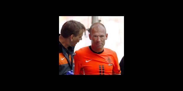 Pays-Bas: Robben absent à l'entraînement avant le Danemark