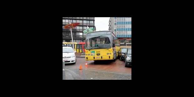 Explosion � Li�ge : retour des bus dans le quartier L�opold
