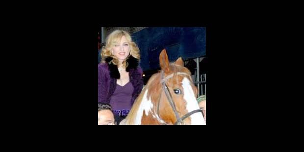 Madonna a le sens du cadeau - La DH