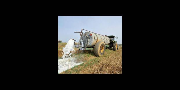 2,3 millions de litres de lait déversés lundi après-midi en Belgique - La DH