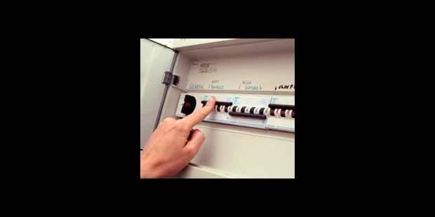 Les Belges paient encore beaucoup trop pour leur électricité - La DH