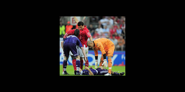 Double fracture pour Boussoufa - La DH