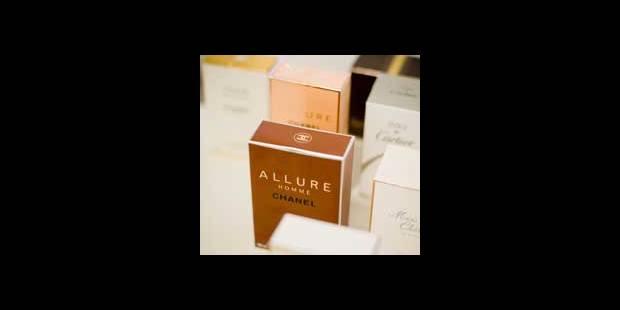 100.440 parfums saisis - La DH