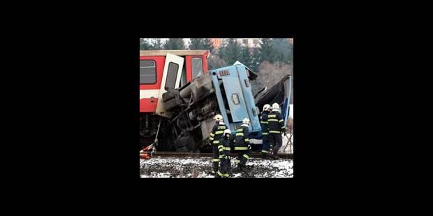 Slovaquie: 12 morts dans une collision entre un train et un car - La DH