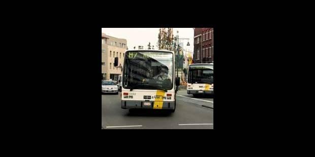 Un chauffeur de bus de De Lijn menacé au couteau - La DH