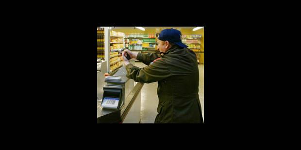 11 supermarchés braqués - La DH