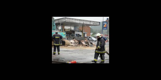 Explosion dévastatrice à Péronnes - La DH