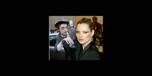 Kate Moss dément s'être mariée avec Pete Doherty