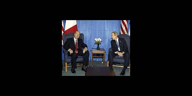 Bush et Chirac s'affrontent à l'Onu - La DH