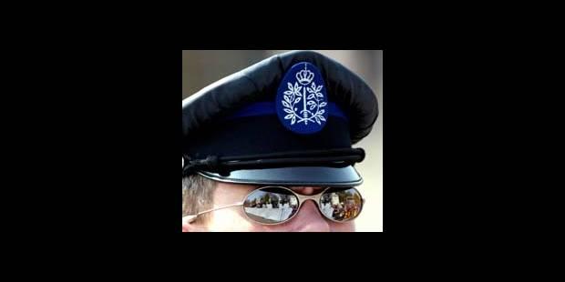 La police attire en masse