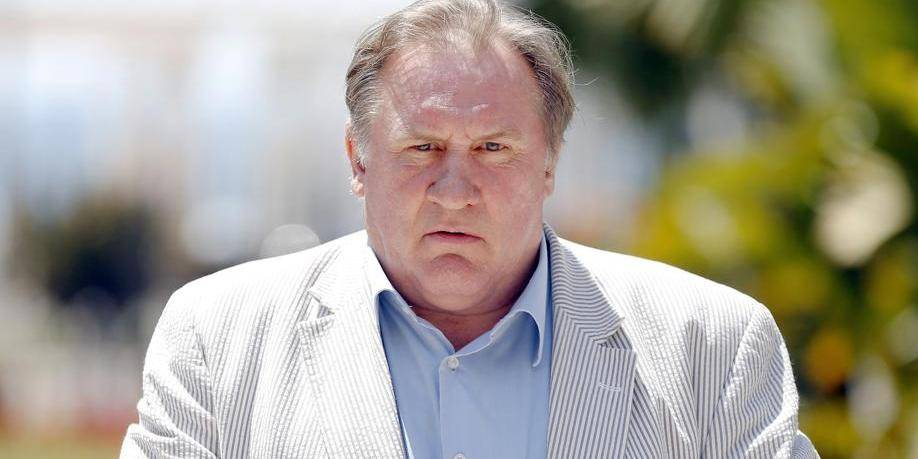 """En devenant Russe, Depardieu a choisi une """"démocratie comme il l'entend"""""""