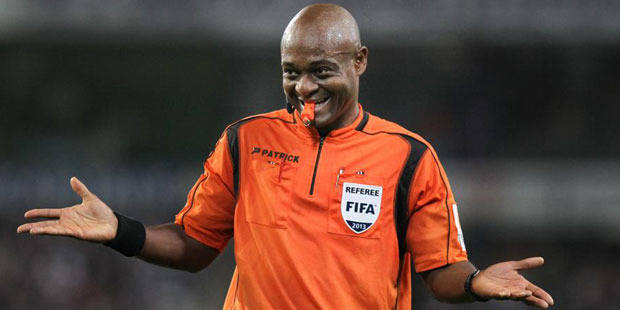 Nzolo désigné pour arbitrer la Supercoupe de France au... Gabon