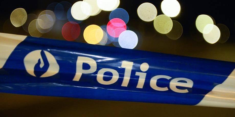 Deux policières blessées dans le Carré