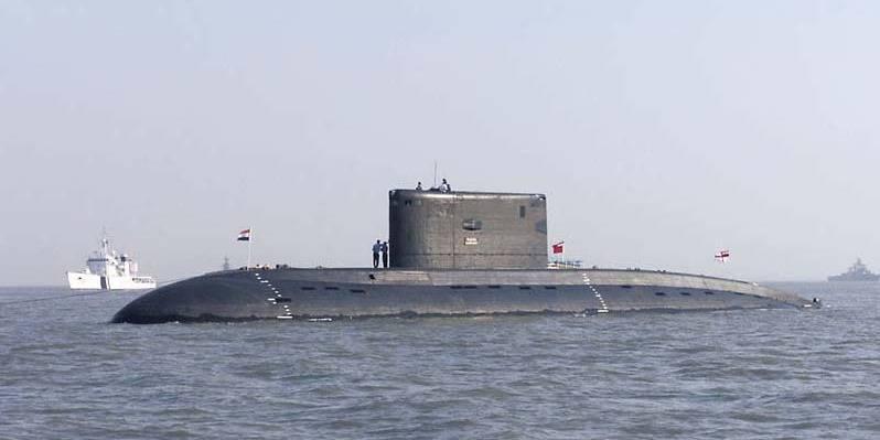 Explosion à bord d'un sous-marin militaire indien à Bombay
