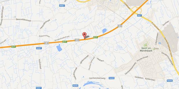 Un piéton qui voulait traverser la E17 à Lokeren meurt après avoir été renversé - La DH