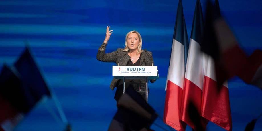 """Marine Le Pen: """"Le FN n'est pas un parti de droite"""""""