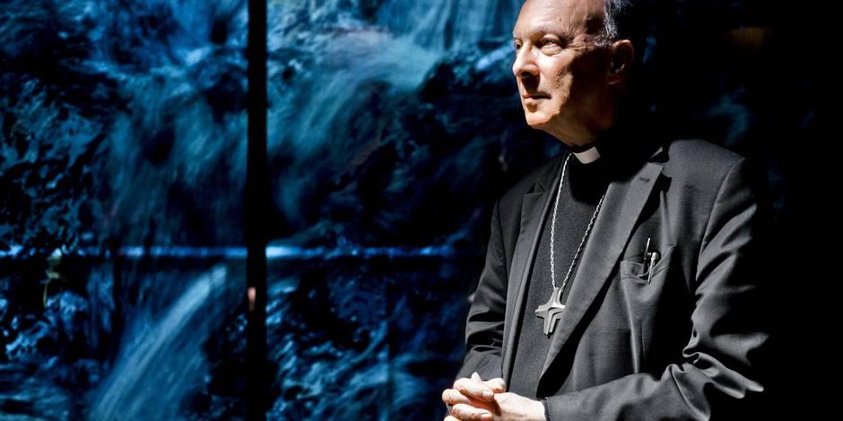 Mgr Léonard accusé d'avoir étouffé une affaire de viol: jugement en novembre