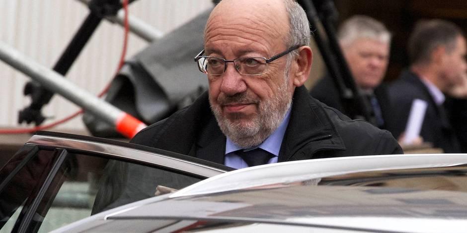 L'assistant de Louis Michel a remis sa démission