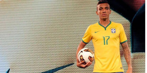 Mondial 2014: le Brésil a présenté son nouveau maillot - La DH