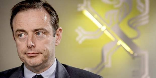 De Wever, un corps au service du politique? - La DH