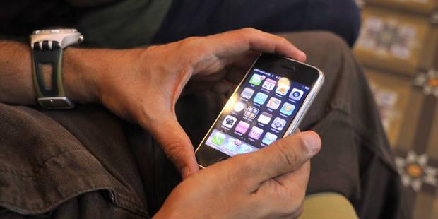 Il vole l'iPhone et renvoie les contacts de sa victime par courrier... - La DH