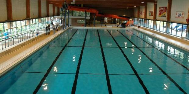 Piscine parking tout for Cheb hichem 2015 la piscine
