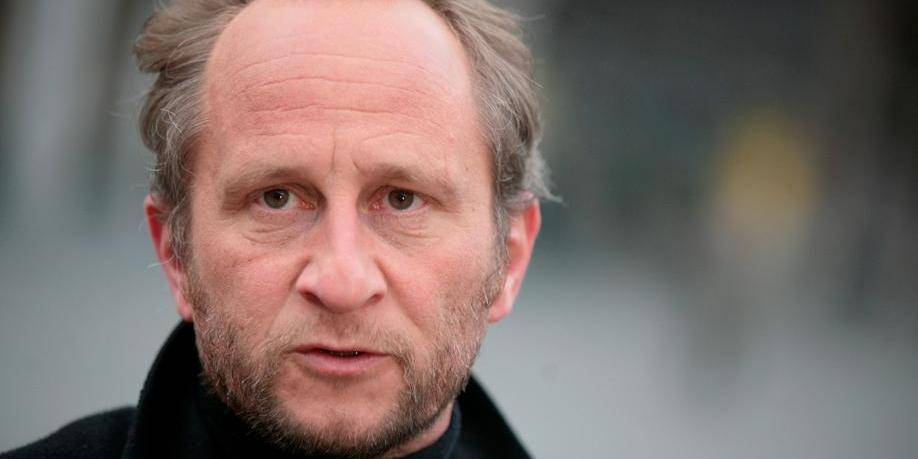 Benoît Poelvoorde recruteur pour le Sporting Charleroi