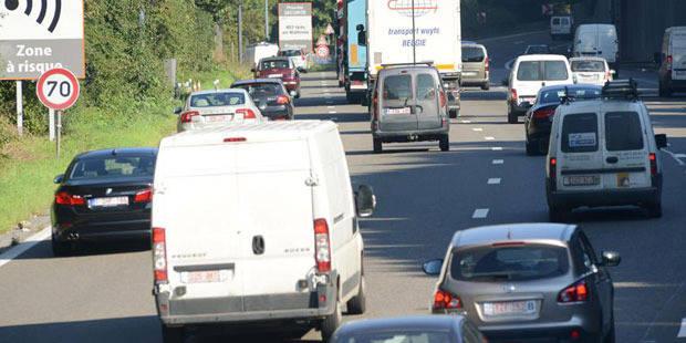 Terrible accident de la route sur l'A54