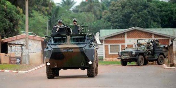 """Centrafrique: la France n'agit pas en """"gendarme de l'Afrique"""", affirme Ayrault - La DH"""